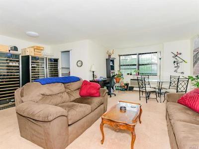 Westchester County Co-Operative For Sale: 505 Central Avenue #426