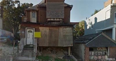 Bronx Residential Lots & Land For Sale: 1827 Waterloo Place