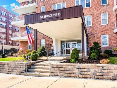 Westchester County Co-Operative For Sale: 345 Bronx River Road #7L