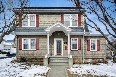 Westchester County Single Family Home For Sale: 54 Hawley Avenue