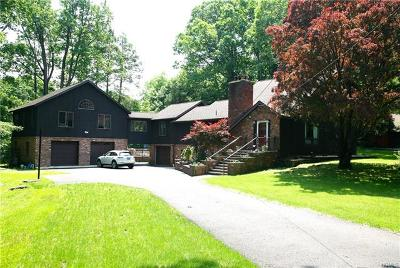Cortlandt Manor Single Family Home For Sale: 13 Inwood Lane West