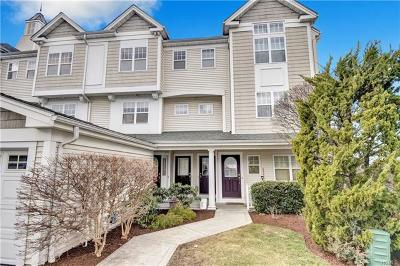 Westchester County Condo/Townhouse For Sale: 227 Highridge Court