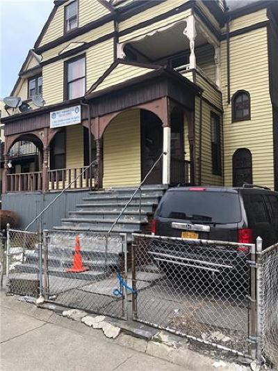 Bronx Single Family Home For Sale: 1074 Cauldwell Avenue