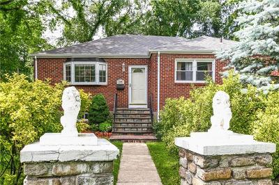 Westchester County Single Family Home For Sale: 704 Forest Avenue