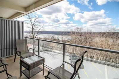 Westchester County Co-Operative For Sale: 377 North Broadway #211