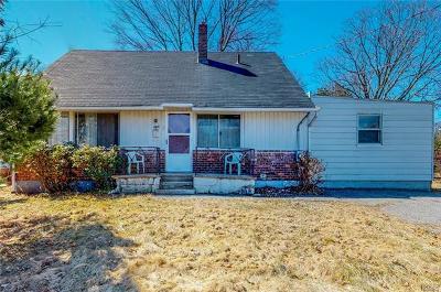 Hartsdale Single Family Home For Sale: 8 Jennifer Lane