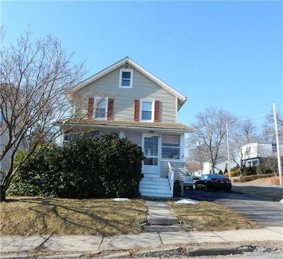 Middletown Single Family Home For Sale: 32 Bedford Avenue