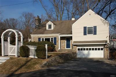 Westchester County Single Family Home For Sale: 26 Old Lyme Road