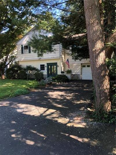 Westchester County Single Family Home For Sale: 1025 Shore Acres Drive
