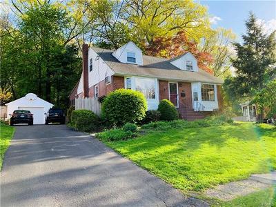 Newburgh Single Family Home For Sale: 19 Odell Street