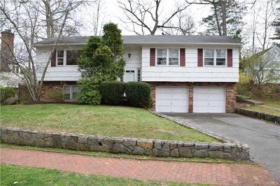 Westchester County Single Family Home For Sale: 44 Walbrooke Road