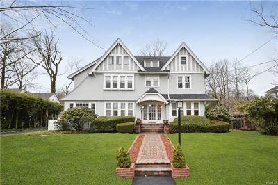 Scarsdale Single Family Home For Sale: 3 Fox Meadow Road