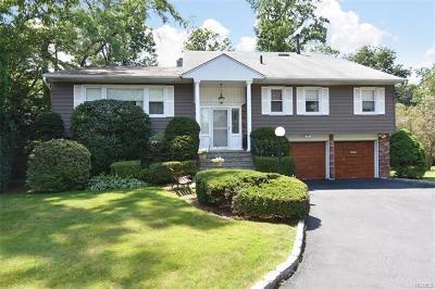 New Rochelle Single Family Home For Sale: 10 Retiro Lane