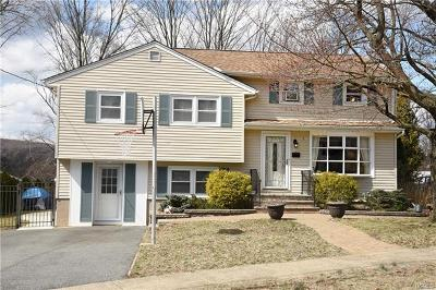 Suffern Single Family Home For Sale: 5 Valley View Terrace