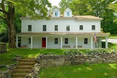 Chappaqua Single Family Home For Sale: 428 Quaker Road