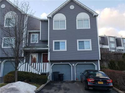 Nanuet Condo/Townhouse For Sale: 75 Eagle Ridge Way