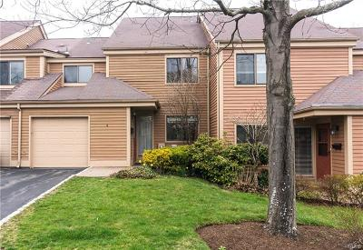 Rye Brook Single Family Home For Sale: 6 Bayberry Close
