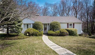 Valley Cottage Single Family Home For Sale: 339 Deer Track Lane