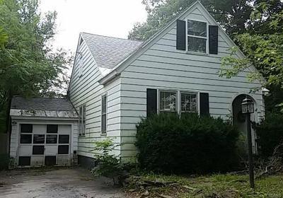 Chester Multi Family 2-4 For Sale: 18 High Street