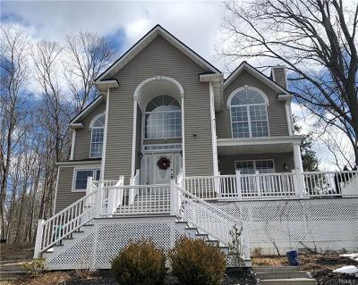 Middletown Single Family Home For Sale: 490 Tally Ho Road