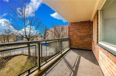 Co-Operative For Sale: 3777 Independence Avenue #4K