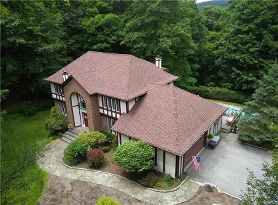 Cold Spring Single Family Home For Sale: 135 Moffat Road