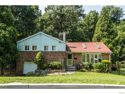 Hartsdale Single Family Home For Sale: 7 Burkewood Road