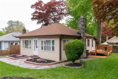 Brewster Single Family Home For Sale: 22 Cooledge Drive