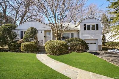 White Plains Single Family Home For Sale: 17 Baylor Circle