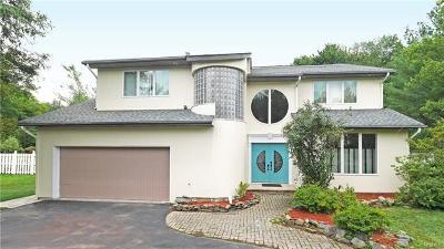 Tappan Single Family Home For Sale: 164 Pine Tree Lane
