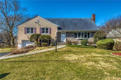 New Rochelle Single Family Home For Sale: 31 Amherst Drive