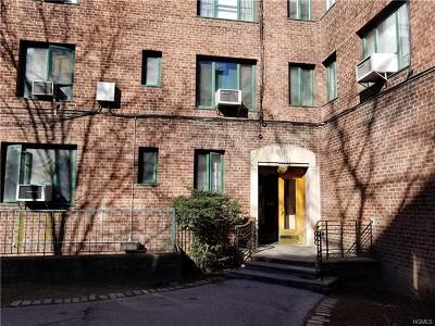 Bronx Condo/Townhouse For Sale: 1670 Metropolitan Avenue #7H