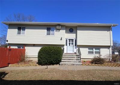Pomona Single Family Home For Sale: 42 Lillian Street
