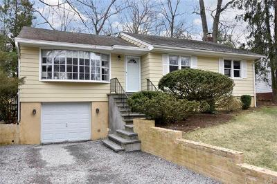 White Plains Single Family Home For Sale: 67 Duell Road