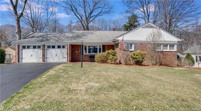 Cortlandt Manor Single Family Home For Sale: 11 Tamarack Drive