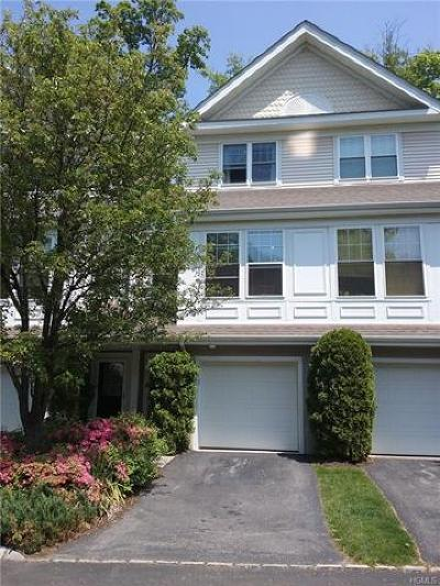 Briarcliff Manor Condo/Townhouse For Sale: 62 Briarbrook Drive
