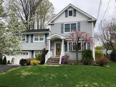Suffern Single Family Home For Sale: 4 Crestwood Drive