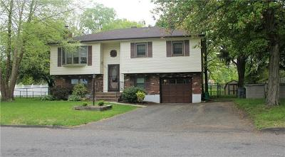 Pearl River Single Family Home For Sale: 111 East Carroll Street