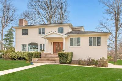 Eastchester Single Family Home For Sale: 29 Country Club Road