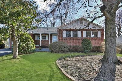 Single Family Home For Sale: 13 Gary Lane