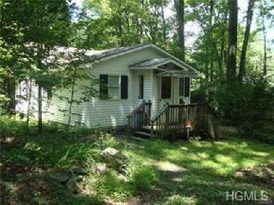 Monroe Single Family Home For Sale: 11 Cascade Trail