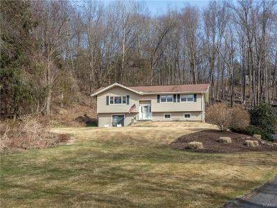 Connecticut Single Family Home For Sale: 38 Musket Ridge