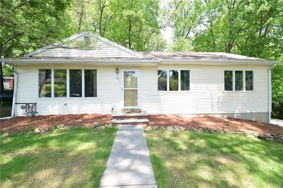 Single Family Home For Sale: 30 Graney Court