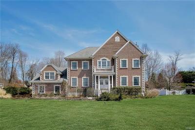 Carmel Single Family Home For Sale: 64 Majestic Ridge