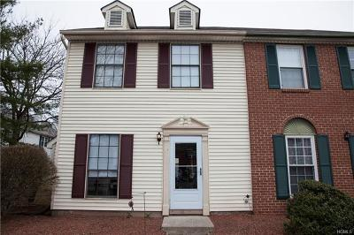 Washingtonville Condo/Townhouse For Sale: 12 Brook Drive