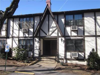 Valley Cottage Condo/Townhouse For Sale: 726 Sierra Vista Lane
