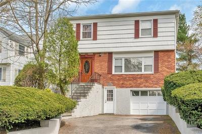 Westchester County Single Family Home For Sale: 908 Post Road