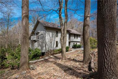 Rockland County Single Family Home For Sale: 300 Clausland Mountain Road