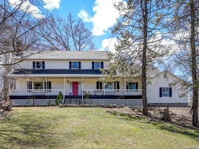 Warwick Single Family Home For Sale: 181 Newport Bridge Road
