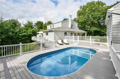 Westchester County Single Family Home For Sale: 922 Old Boston Post Road